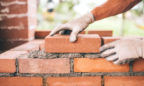 Exclusive Advisor to Special Committee of Brampton Brick Limited